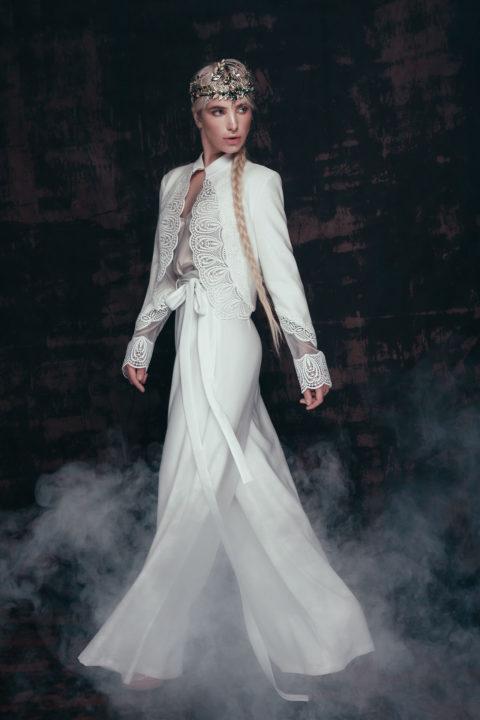Свадебное платье Troiana C03/2, Коллекция Anna de France, Anne-Mariée