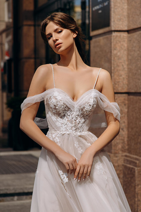 Свадебное платье Charlina, Коллекция Laurette, Anne-Mariée