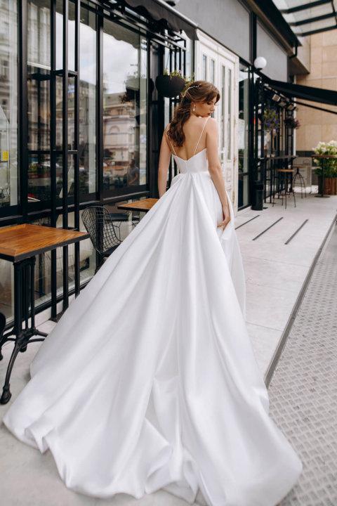 Свадебное платье Raine, Коллекция Laurette, Anne-Mariée
